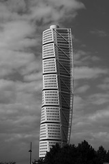 Turning Torso - Malm (Kristof Pattou) Tags: monochrome architecture sweden torso malm turnig d7200