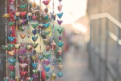 Colours (sonia.sanre) Tags: decoration deco colores colours beautiful birds pajaritos market london shine brightness