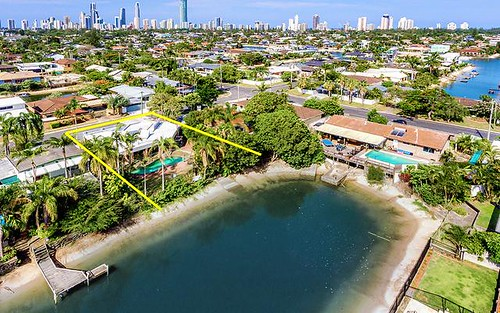 4 Costa Court, Broadbeach Waters Qld 4218