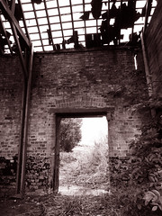 Old Barn - Cambridgeshire (davepickettphotographer) Tags: barn ruins derelict cambridgeshire oldbarn huntingdon huntingdonshire ruinedbarn derelictbarn
