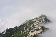 Mt. Tsubakurodake (Pinoko_am) Tags: sky cloud mountain mountains japan clouds landscape photography landscapes cloudy climing   nagano      d90   tsubakurodake  tsubakuro nikond90 mttsubakuro afsdxnikkor18105mmf3556gedvr