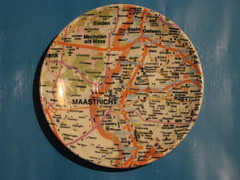 Maastricht Map Saucer (streamer020nl) Tags: holland maastricht map saucer suurland artanddesign falkplan