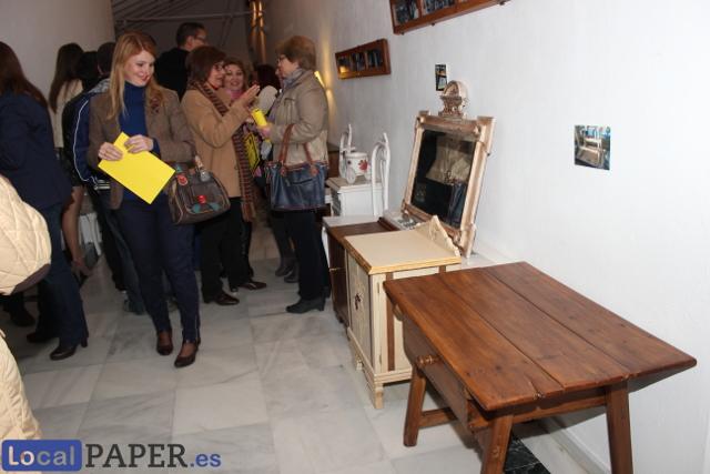 La carlota finaliza con la clausura del taller de pintura for Muebles en la carlota