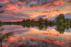 Natural Fireworks (Metal Maik) Tags: sunset sky lake reflection nature clouds canon germany eos see spring colorful sonnenuntergang cloudy outdoor natur may wolken wideangle mai colourful dslr spiegelung hdr hdri frühling waterscape bracketing norddeutschland niedersachsen lowersaxony weitwinkel 2015 wendland dannenberg farbenfroh 1635mm lüchowdannenberg ultrawideangle bewölkt 70d springsunset naturalfireworks belichtungsreihe canon1635mm maysunset ultraweitwinkel wasserlandschaft naturschauspiel llense ef1635mm sunsetingermany thielenburgersee canonef1635mmf28liiusm ef1635mmf28liiusm canonef1635mm hdrtm canoneos70d canon70d eos70d elbtalauen natürlichesfeuerwerk landkreislüchowdannenberg sonnenunterganginniedersachsen maikrichter metalmaik maikrichterphotography maikrichterfotografie naturparkelbtalauen sonnenuntergangindannenberg sonnenuntergangimwendland sonnenuntergangindenelbtalauen sonnenuntergangimfrühling sonnenuntergangimmai