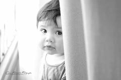 donde ta? (Cesar Poblete S.) Tags: blackandwhite bw baby blancoynegro bebe isabella