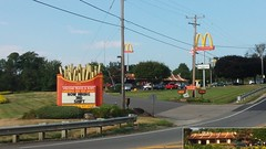 McDonald's, Mansfield, OH (Retail Retell) Tags: mcdonalds mansfield oh fast food restaurant giant french fries mansard roof copper welcome sign americas favorite