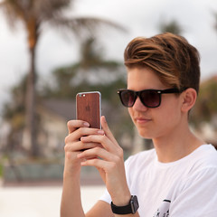_MG_2197 (treilmann) Tags: oliver protection koorwood bali seminyak beach sunset wood wooden iphone case