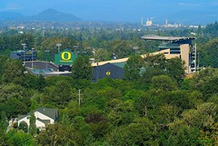 Autzen Stadium (JSB PHOTOGRAPHS) Tags: park oregon football nikon butte stadium eugene mount adapter skinner v1 goducks oregonducks autzen ft1 autzenstadium 18300mm dsc8516 ilovemyducks