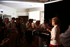 Premier/première ministre Wynne speaks to media/parle aux médias