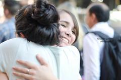 Abrao gratis - Free Hugs (Vanderlei Gomes Fotografia :-]) Tags: friends brazil amigos brasil avenida carinho adolescente mulher free garoto felicidade social gratis amizade garota alegria hugs abrao bem paulo menina homem so estar paulista humanos estudante direitos aco
