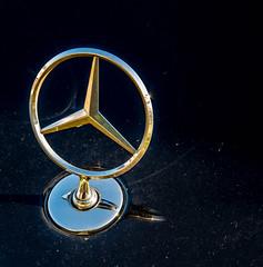 Mercedes-Benz Auto Symbol (JuanJ) Tags: auto usa art car america mercedes virginia photo automobile symbol vehicles va mercedesbenz vehicle woodbridge photograhy princewilliamcounty