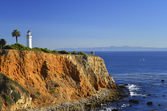 Pt. Vicente Lighthouse (divedad51) Tags: ocean blue lighthouse intense rich catalinaisland palosverdespeninsula intensecolors santaanawinds waterpacific deepblueocean ptvicentelighthouse veryveryclearview colorsdeep