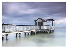 la caseta (EXPLORER 29-SEP.-213) (natalia martinez) Tags: blanco azul relax mar agua arena nataliamrtinez