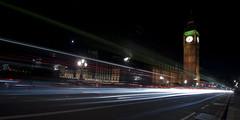 L o n d o n    T r a f f i c (ƇĦŘĺς ΛΨŁЩΛŘĐ ƤĦŎŦŎƓƦΛƤĦϔ) Tags: bridge houses london tower clock tourism thames night river lights big long exposure shot traffic ben trails parliament tourist d700 hdcymru