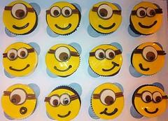 Despicable Me Minion Cupcakes, Loudon County, VA, www.birthdaycakes4free.com