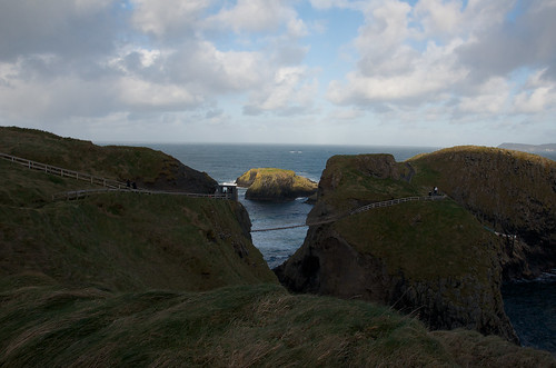 Carrick-a-Rede Rope Bridge, Antrim, Northern Ireland ©  Still ePsiLoN