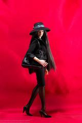 Verycool Elegant Lady Set (edwicks_toybox) Tags: hat ttl littleblackdress verycool 16scale elegantlady flirtygirl vision:outdoor=0649