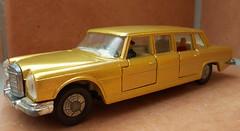 Mercedes-Benz 600 (Dinky) (Zappadong) Tags: car toy model 600 mercedesbenz modell spielzeug modelcar dinky diecast modellauto spielzeugauto zappadong