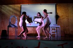 LAVIOS PINTADOS_11 (loespejo.municipalidad) Tags: obra teatro teatral chilenas cultura loespejo chile chilena comuna dramaturgia drama mujer municipalidad dia de la