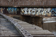 Static (TwinCitiesSeen) Tags: graffiti bridge mississippiriver minneapolis minnesota twincities twincitiesseen canont3i tamron2875mm