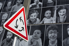 Roundabout and portraits (Jan van der Wolf) Tags: map162480v portret portrait portraits sign contrast art pisc photos people mensen verkeersbord trafficsign roadsign rotonde roundabout clamecy
