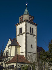 Martin's church Mittelstadt (KF-Photo) Tags: church deepsky kirche kirchturmuhr leichtercrop martinskirche mittelstadt selektiveschärfung kirchturmspitzemithahn
