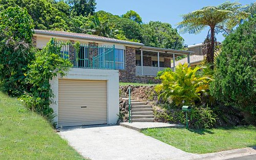 67 Bimbadeen Ave, Banora Point NSW 2486