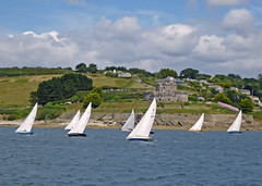Yacht Racing off St Mawes Castle (Tim Green aka atoach) Tags: cornwall falmouth sunbeams stmawes