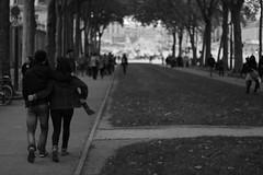 Sous le ciel de Paris (Elisabetta Stringhi) Tags: street paris love photography bn amour parigi amoureux