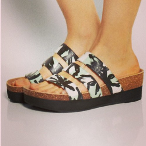 9e86e2a6d583 Love these  Kenzo  sandals from  netaporter This  Birkenstock look is so  huge