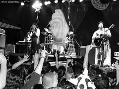 O Teatro Mágico (Kpparelli) Tags: show blackandwhite music riodejaneiro drums blackwhite dance concert doll theater poetry tour rj circo bass circus percussion clown pb flute violin tm luis juggling 2009 pretoebranco kappa trapeze acrobatic voador otm clicks circovoador trapézio trupe magictheatre móveiscoloniaisdeacaju kpps oteatromágico teatromágico anitelli fernandoanitelli entradaparararos oteatromagico galdino ivanparente robertosta williansmarques djhp gabrielaveiga toicinho emersonmarciano errejota nenêsantos annecaparelli kpparelli tmlovers bonecadotecido bailarinaperformática luisgaldino clickrj