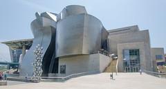 Guggenheim Museum (Jonathan Palfrey) Tags: espaa museum digital landscape photo spain bilbao guggenheim euskadi bilbo basquecountry pasvasco