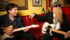 Jefferson Graham w/ZZTOP's Billy Gibbons (jefferson_graham) Tags: usa 1 no itunes billy jefferson usatoday today graham zztop podcaster gibbons stitcher tunein talkingtech manhattanbeachphotographer
