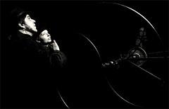 the machinist (frax[be]) Tags: fuji x100t 23mm night blackandwhite blackwhitephotos bnw bw noiretblanc lightshadows highcontrast outdoor monochrome people streetphotography street dark