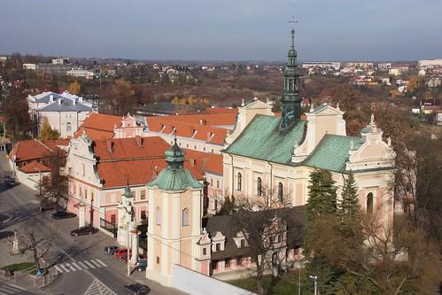 Zespół pobenedyktyński i kościół św. Michała w Sandomierzu z Bramy Opatowskiej