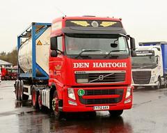 Volvo FH Den Hartough Ships Tank YT12AAX Frank Hilton IMG_5200 (Frank Hilton.) Tags: classic truck lorry eight wheel maudsley aec atkinson albion leyalnd bristol austin outside heavy haulage crane 8 axle
