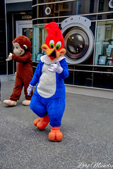 Woody Woodpecker and Curious George (disneylori) Tags: woodywoodpecker curiousgeorge universalcharacters meetandgreetcharacters universalstudios universalorlando universalstudiosflorida universalorlandoresort