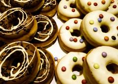 "Macro Mondays ""Happy Ten Years"" (BrigitteE1) Tags: mm donuts party macromondays happy10years happy 10 birthday colorful macromonday celebration celebrate hmm"