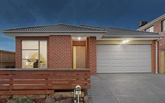 15 Maeve Circuit, Clyde North Vic