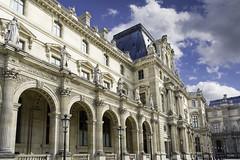 Pavillon Richelieu (Louvre / Paris) (docteurTonTon) Tags: cour napoléon louvre paris pavillon richelieu famous cloud nuage sky ciel landscape builduing museum dramatic ngc thomas tesson