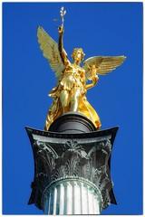 Rund um den Friedensengel (AD2115) Tags: münchen munich friedensengel säule unterführung tunnel statue angel stairs treppe pillar