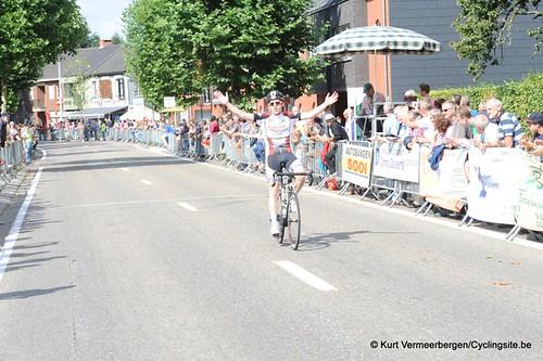 Minderhout (385)