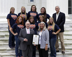 08-21-13 Governor Bentley Commends Athletes at State Capitol