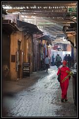 Early morning in the souq (Ciao Anita!) Tags: friends woman donna morocco marocco souk marrakesh souq vrouw marokko sunbeams zonnestralen raggidisole soek theperfectphotographer marrakechtensiftalhaouz fotoworkshopnl