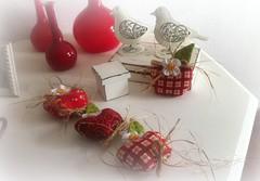 MaS (DoNa BoRbOlEtA. pAtCh) Tags: handmade application apples mas mbile pingente aplicao donaborboletapatchwork denyfonseca