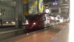 Antwerpen Centraal, Amsterdam-Paris Thalys (Nik Morris (van Leiden)) Tags: antwerp alstom tgv thalys nmbs highspeedtrain antwerpencentraal sncb pbka antwerpcentral