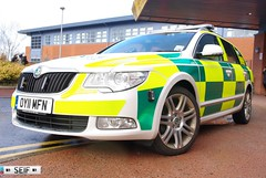 SKODA Superb ESTATE 2.0 TSI East kilbride 2014 (seifracing) Tags: rescue cars car scotland europe transport scottish security ambulance medical research emergency spotting services recovery strathclyde skoda ambulances ecosse seifracing