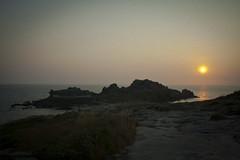 Castro de Baroa (J.A.Sanjurjo) Tags: sunset espaa sun sol stone de mar do son galicia galiza porto castro puesta ria celta muros atlantico piedra noya baroa