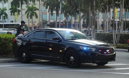 Miami FL Police - Ford Police Interceptor - unmarked (8)