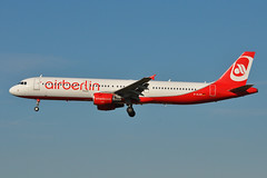 D-ALSD Airbus A321-211 LSZM 03-07-11 (MarkP51) Tags: dalsd airbus a321211 airberlin ab ber baselmulhouse airport bsl lszm airliner aviation aircraft airplane plane image markp51 nikon d5000 aviationphotography